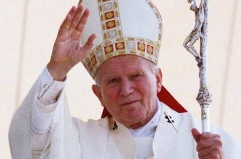 O Instituto da Família realiza live sobre o centenário de São João Paulo II