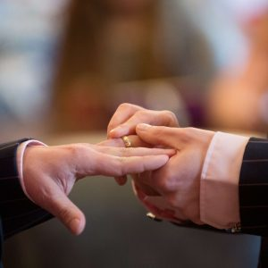 Santa Sé: uniões entre pessoas homossexuais não podem ser abençoadas