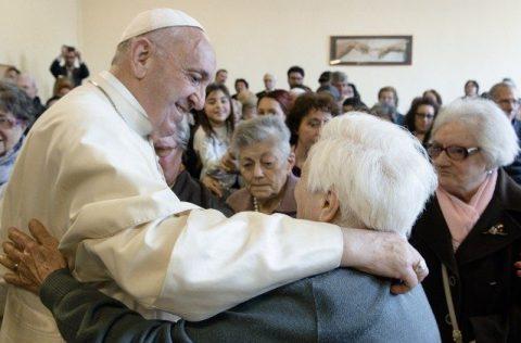 """O Papa: Em julho, o primeiro """"Dia Mundial dos Avós e dos Idosos"""""""